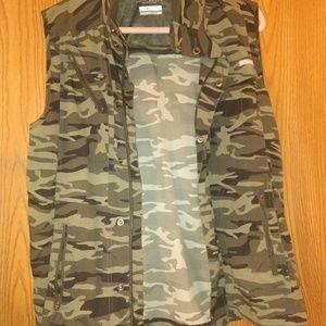Columbia Camouflage Vest